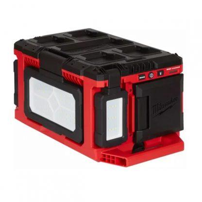 Luz de área/carregador LED M18™ TRUEVIEW™ PACKOUT™, proteção IP54, 3 cabeça individuais, híbrido AC/DC, carregador integrado M18™ y USB 2.1A, 3 modos de iluminação - 3.000/1.500/1.000/- Lumens. Fornecida em versão zero