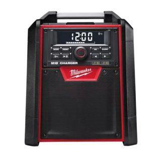 Rádio/carregador de obra M18™ com Bluetooth®, saída de altifalante 40W, híbrido AC/DC, carregador USB 2,1Ah. Inclui cabo de entrada auxiliar. Fornecido em versão zero