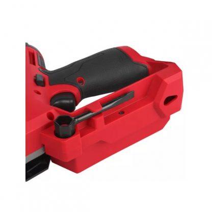 """Serra de poda M12 FUEL™ HATCHET™, lâmina 150mm (6""""), velocidade de corrente 5m/s, passo da corrente 3/8"""", grossura da corrente 1,1mm (0,043""""), travão de corrente, lubrificação automática"""